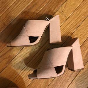 Beige/baby pink color chunky heel